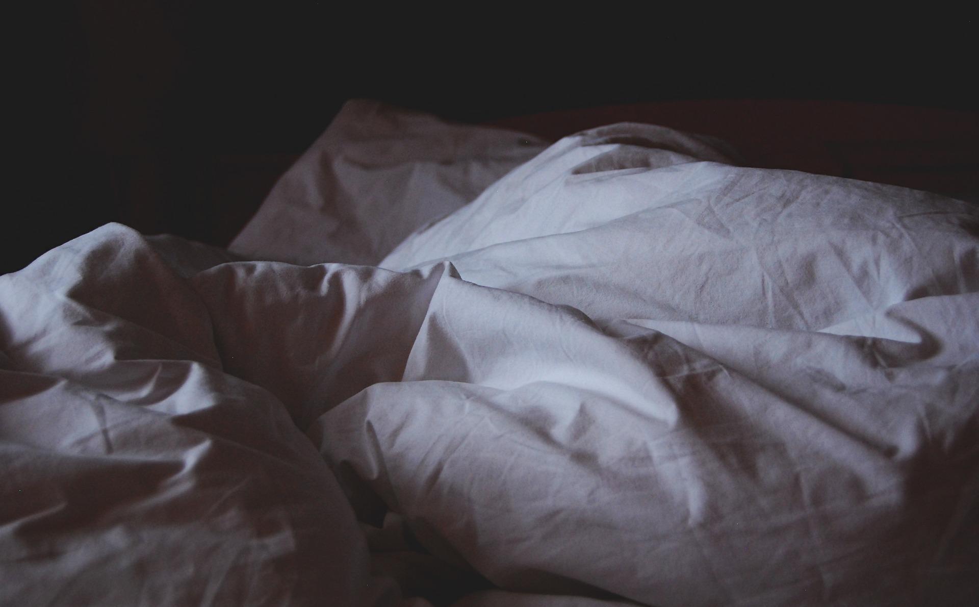 is 5 hours of sleep enough?